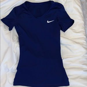 Nike pro  athletic tee shirt